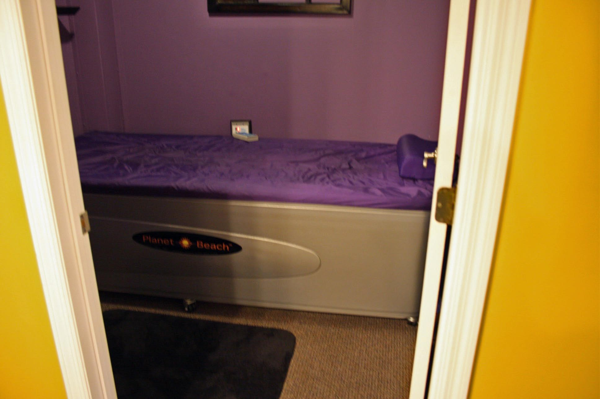 buy this used hydro massage table today